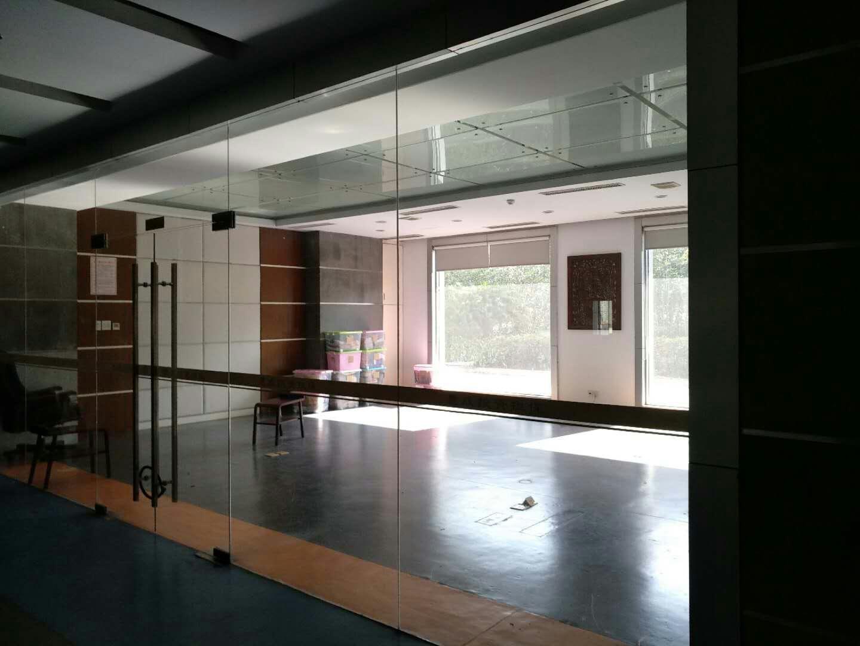 会议室1.jpg